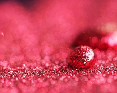 Il colore rosso emoziona i profumi di Natale