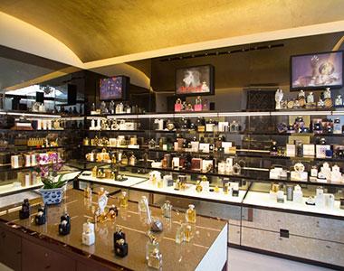 Amouage apre il primo shop monomarca italiano a Roma