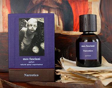 Narcotico. Il parfum che apre il Ciclo della Mistica di Meo Fusciuni