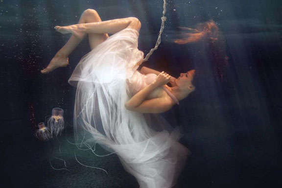 Acquasala. La nuova fragranza di Gabriella Chieffo è un marino fiorito che nutre i sensi