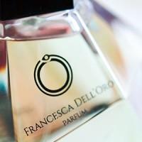 Francesca Dell'Oro e il talento naturale di trasformare l'eleganza in profumo