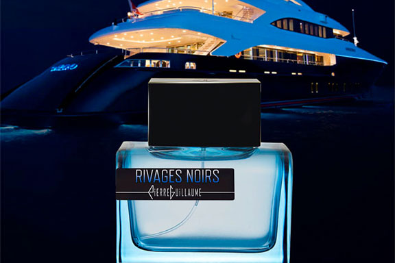 Rivages Noirs. Il veliero di Collection Croisière attracca sulle coste del Mediterraneo