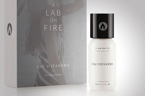 Eau d'Ipanema. L'estate carioca in profumo di A Lab on Fire