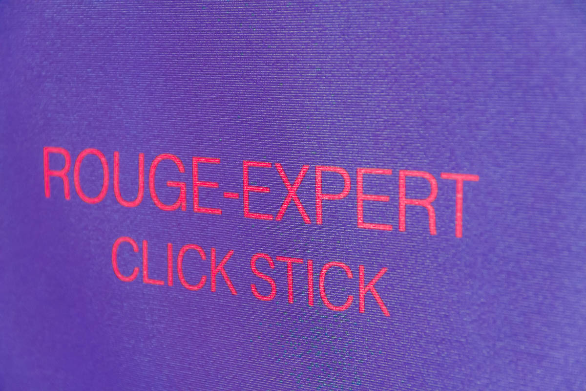 By Terry rouge-expert click stick