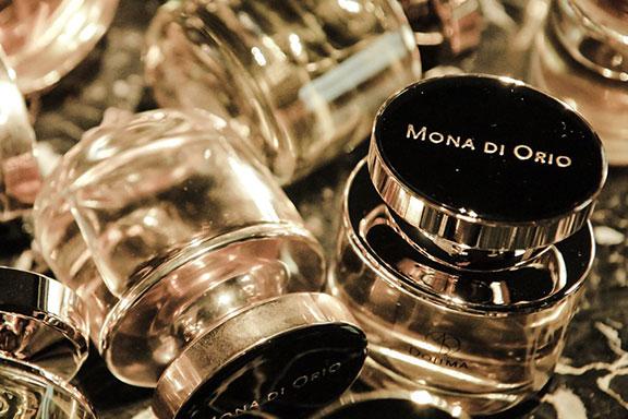 Dojima e Suede de Suede ~ Maison Mona di Orio