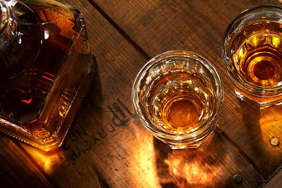 Profumi al bicchiere. Le note olfattive ad alto tasso alcolico