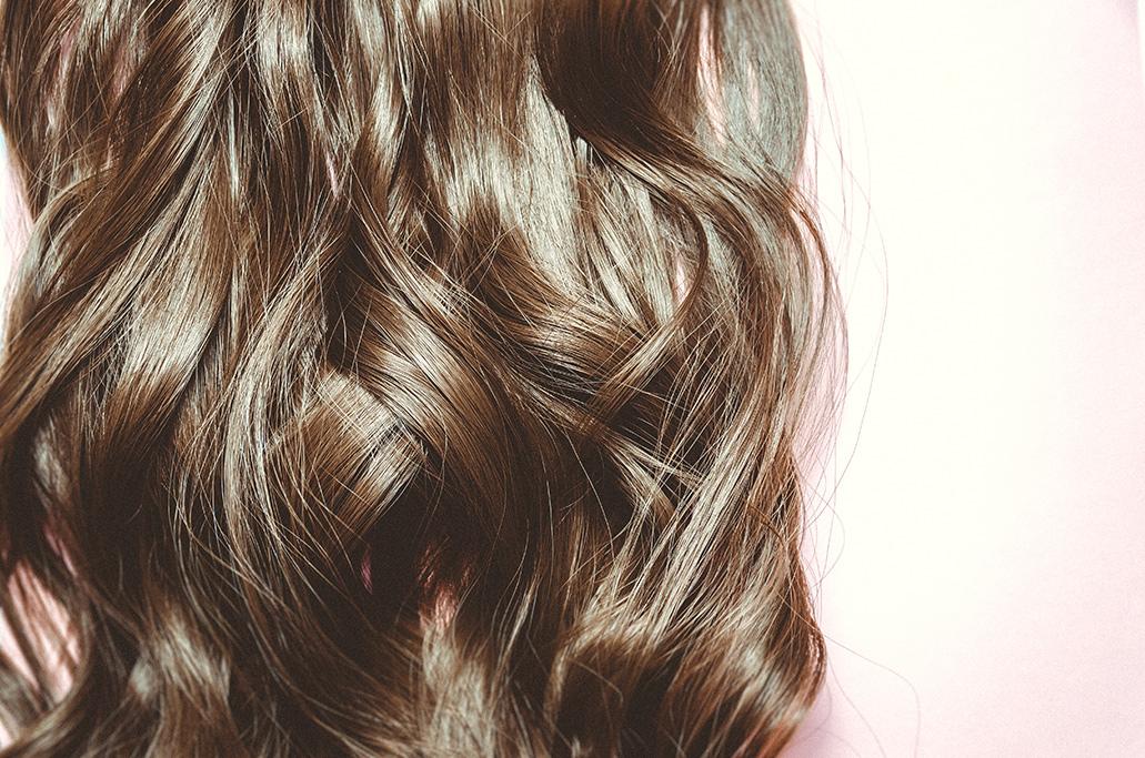 Profumo per i capelli: i migliori hair mist per chiome ...