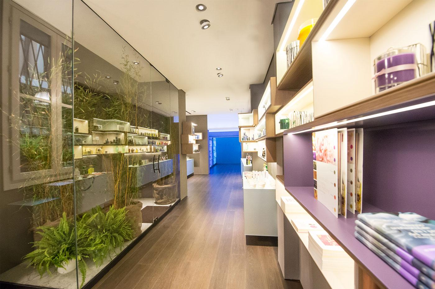 fragrans-in-fabula-gallery03